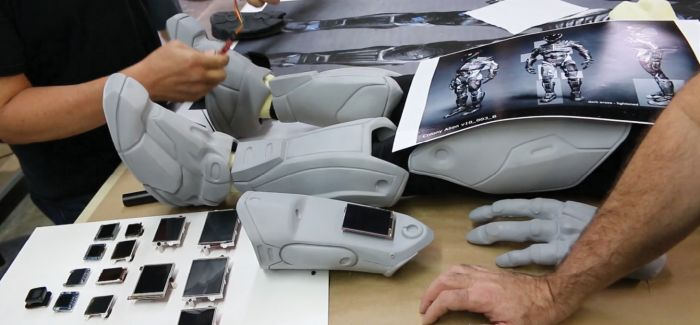 How the Alien Suit in Colony Was 3D Printed on a MakerBot Replicator Z18