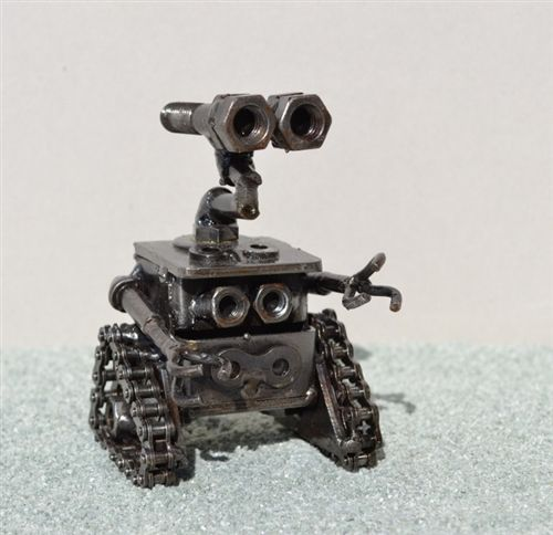 Wall-E sculpture, hand made from recycled scrap metal, Scrap Metal Art