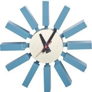 """Nowoczesny zegar ścienny Vega inspirowany klasykiem designu projektanta Georga Nelsona """" Block Clock"""", zegar został wykonany z drewna oraz metalu, do zawieszenia w każdym salonie, biurze, pokoju młodzieżowym"""