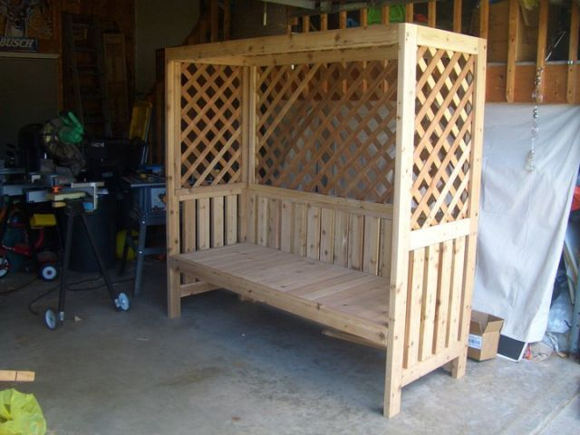 Outdoor bower / bench