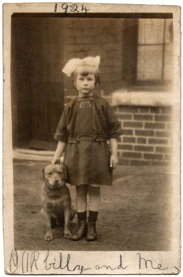 14 Beautiful Old Photos Of People With TheirDogs < What would we do without our dogs?