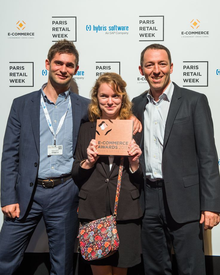 """SmartPixels, winner of the category """"Rookie of the Year"""" which rewards a French innovative start-up company. SmartPixels develops augmented reality technologies for points of sale of the future. #ECP15 #ParisRetailWeek #AWARDS #ROOKIE"""