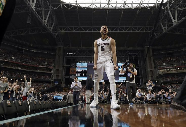 Gonzaga's Nigel Williams-Goss (5) celebrates after the semifinals of the Final Four NCAA college basketball tournament against South Carolina, Saturday, April 1, 2017, in Glendale, Ariz. Gonzaga won 77-73. (David J. Phillip / The Associated Press)