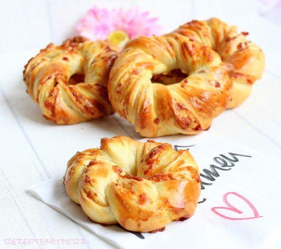 Rezepte mit Herz ♥: Schinken - Käse - Kringel