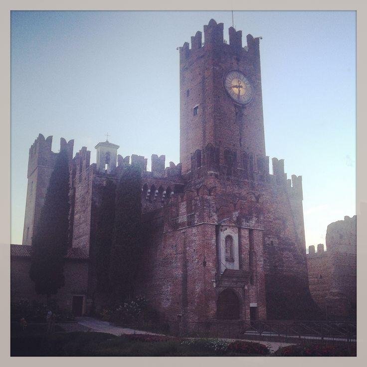 Il castello scaligero di Villafranca di Verona #veneto