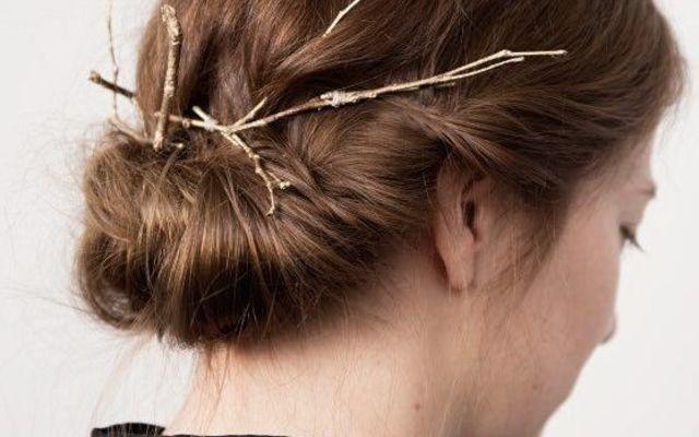 Tutoriel DIY: Faire une barrette de rameaux dorés via DaWanda.com