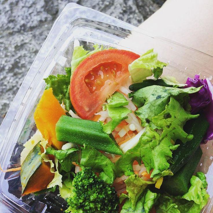 コンビニサラダ  convenience store salad also had plain black coffee #最強の食事 #シリコンバレー式ダイエット #糖質制限 #糖質制限ダイエット #低糖質 #低糖質ダイエット #糖質セイゲ二スト#ローカーボ #ケトジェニック #バランス食事 #ダイエット日記 #関西糖質制限軍団 #完全無欠 コーヒー #bulletproof #bulletproofdiet #keto #lowcarb #LCHF #nosugar #againstallgrain #paleo #cleaneating #eatclean by bohdanchan