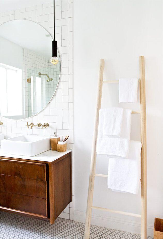 5 astuces pour organiser sa salle de bain salle de bain echelle salle de bain salle de bain - Organiser sa salle de bain ...