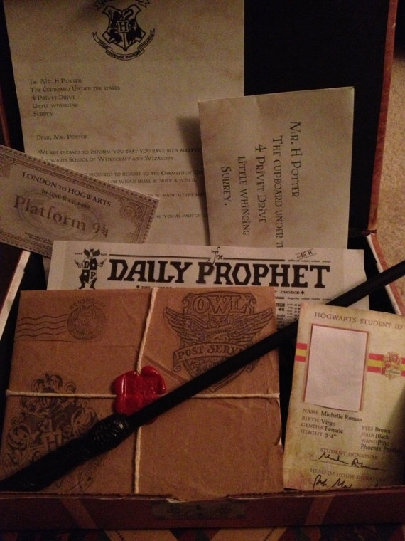 Harry Potter Trunk Set $78.00 on Etsy at http://www.etsy.com/listing/129406245/harry-potter-trunk-set