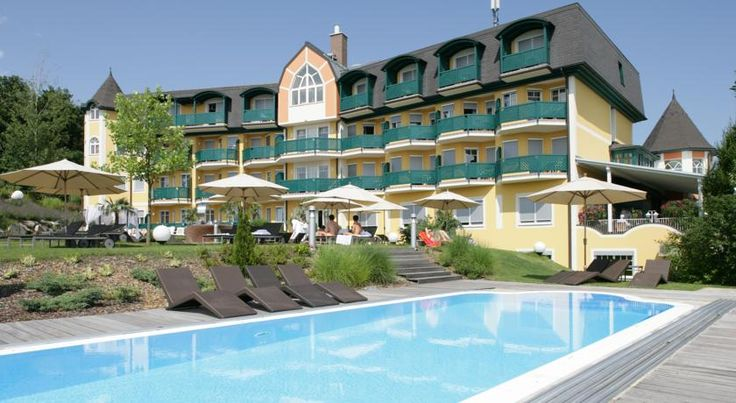 Maiers Kuschelhotel Loipersdorf Deluxe Loipersdorf bei Fürstenfeld Located in the middle of the beautiful Styrian hill country, this 4-star superior hotel is an ideal choice for couples close to Europe's biggest wellness oasis - the Loipersdorf Thermal Spa (800 metres away).