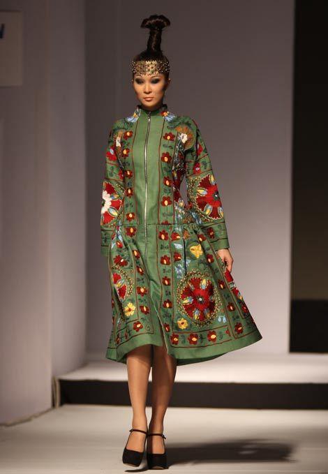 Who knew Kazakhstan had a fashion week?!... Pretty... Aya Bapani