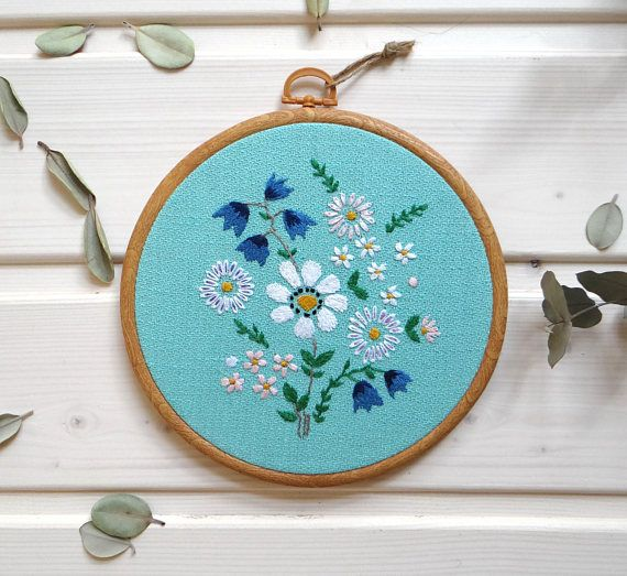 Daisy flower embroidery hoop Embroidered bouquet Botanical