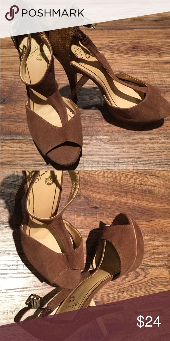 Colin Stuart heels Colin Stuart brown heels in like new condition!  Very comfortable! Colin Stuart Shoes Heels