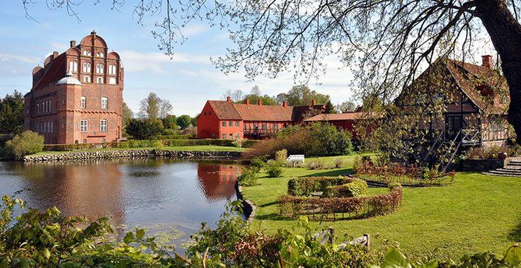 Het eiland Funen heeft niet alleen leuke dorpjes maar ook prachtige natuur en een lange kustlijn.