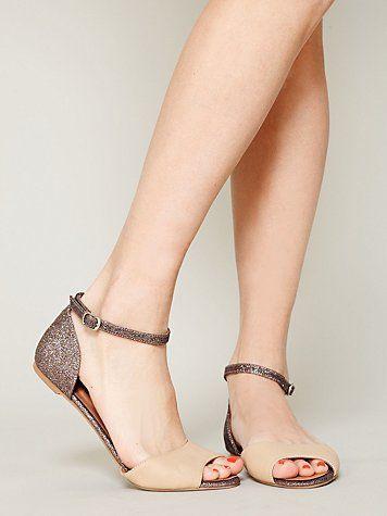 sandals / jeffrey campbell
