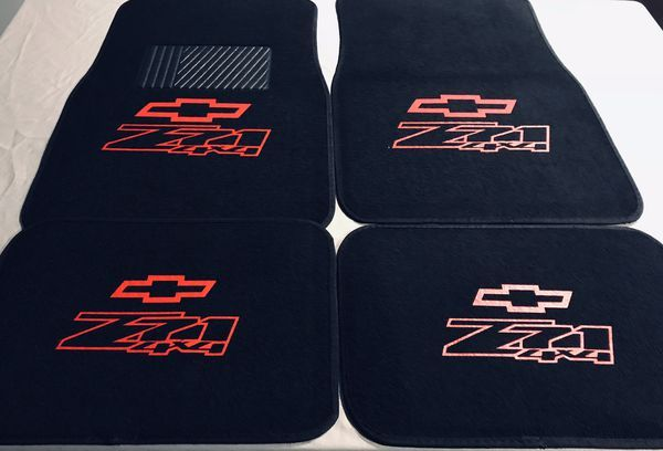 A Little Interior Bling With Some Loyd S Custom Floor Mats