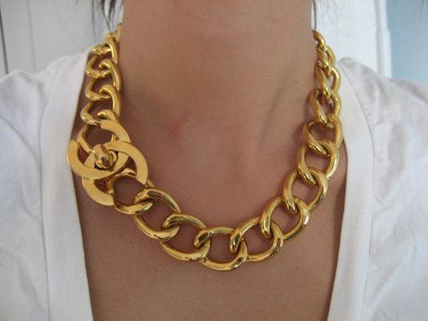 Chanel Vintage Classic 2.55 Closure Choker Necklace -N115