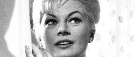 「甘い生活」主演、アニタ・エクバーグさん死去