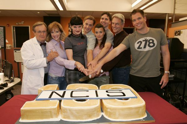 dp-pictures- ncis-behind-the-scenes