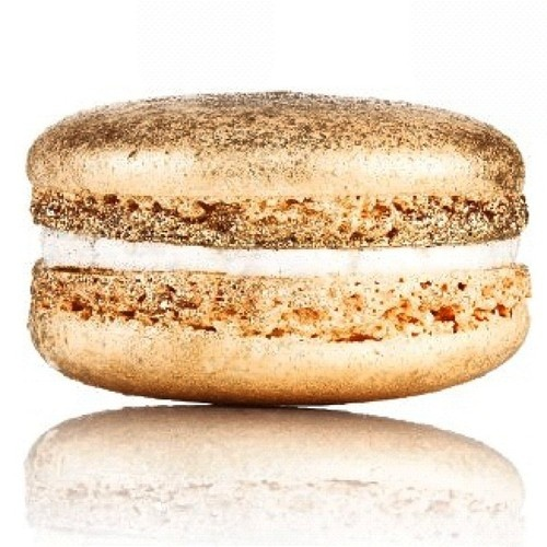 Gold and sparkly Champagne Macarons
