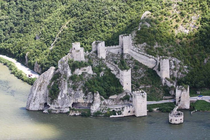 Golubac Fortress | Virtuelni muzej Dunava