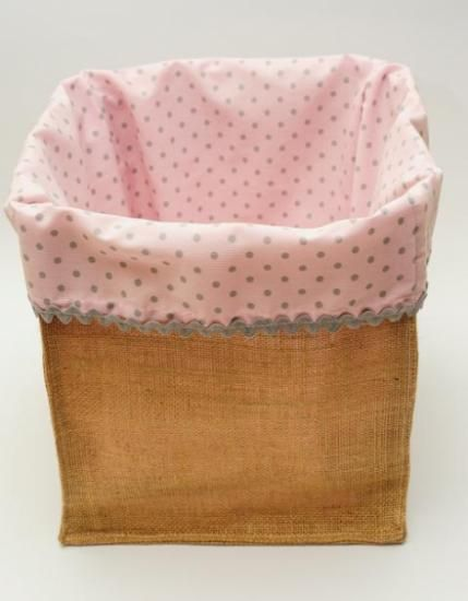 cesta guarda-juguetes rosa  tela de saco manual