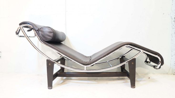 LC4 Chaise Lounge Chair Le Corbusier / シェーズロング チェア ル・コルビジェ