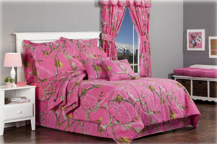 New #RealtreeHotPink #Camo Bedding Set  #camobedding