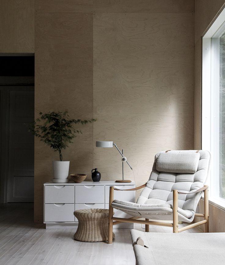 summer house and nice light / minna jones -Tota