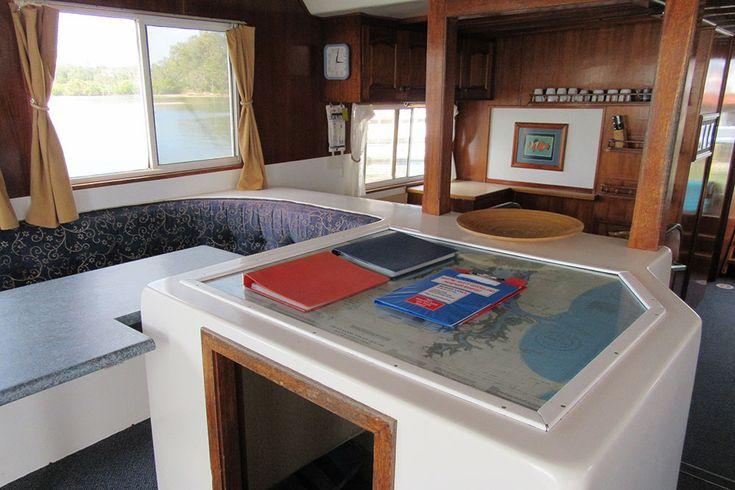 Rainbow Beach Houseboats