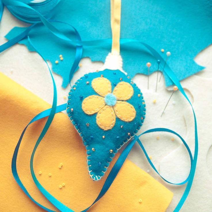 Handmade by Martha Stark tags: #handmade #marthastark made of #felt #decoration #rekodzielo #bead #thread #yellow #blue #fancywork