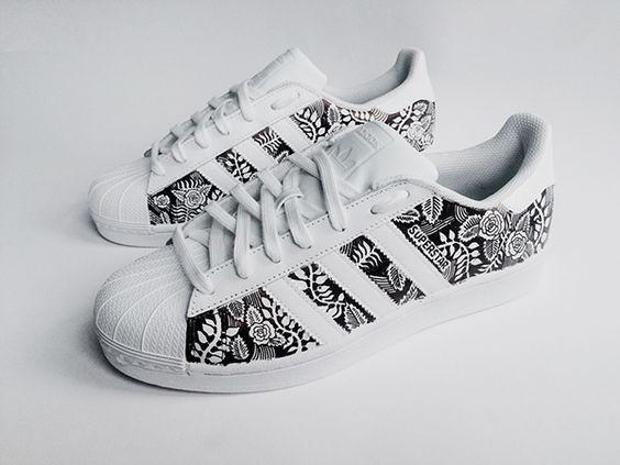 Resultado de imagen para Custom Adidas Superstar for men and women, Adidas custom Hand Painted floral design, Unisex sizes, Adidas superstar, Original ADIDAS Women's Shoes - amzn.to/2iYiMFQ Women's Shoes - http://amzn.to/2j5cIw2
