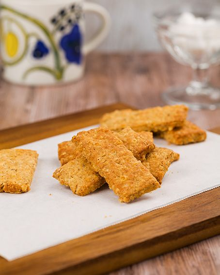 Kaura-juustokeksit