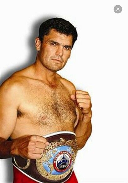 """Cornelius Johannes""""Corrie"""" Sanders(1966-2012) Age 46 fatally shot in an armed robbery at a restaurant inBrits, South Africa. Sanderswas a South Africanprofessional boxer. In 2003 he became theWBOheavyweightchampion when he defeatedWladimir Klitschkovia second-roundknockout, in what is considered one of the biggest upsets in heavyweight boxing history:The Ringmagazinenamed it theupset of the year. Asouthpawfighter with a longreach, Sanders was known for carrying devastating…"""