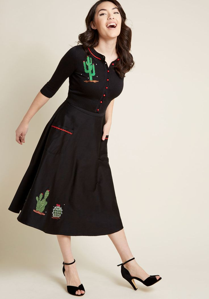Collectif Thorn This Way Cropped Cardigan   ModCloth