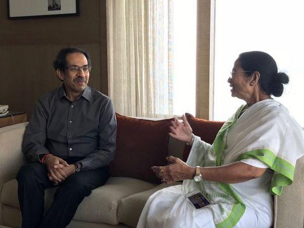 West Bengal Chief Minister and Trinamool Congress (TMC) chief Mamata Banerjee, who is in Mumbai, met with Shiv Sena chief Uddhav Thackeray.