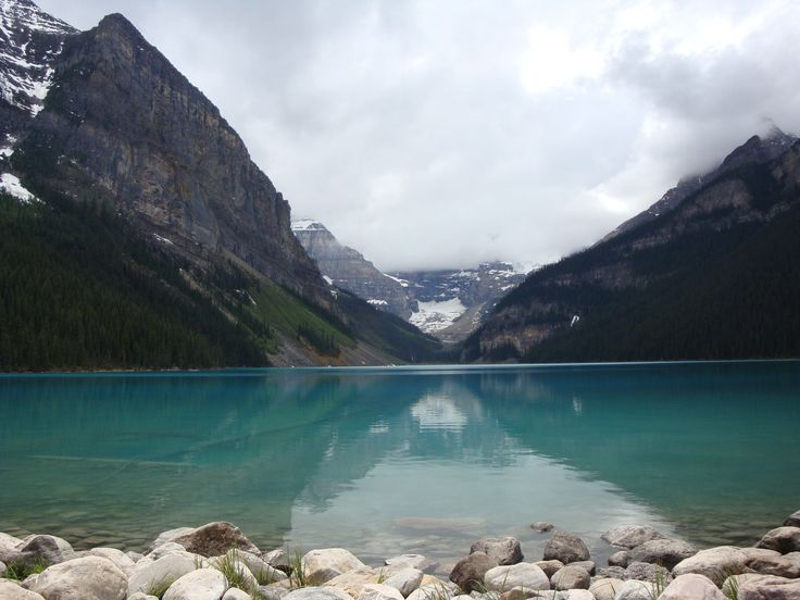 A lovely nature hike through Jasper, Alberta Canada by Carl follow his adventures at www.ppixxells.com