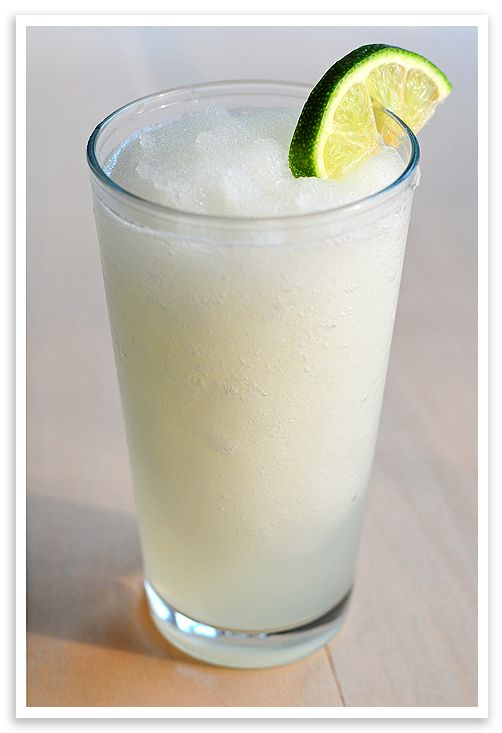 Frozen Coconut Limeade ::: Looks so refreshing on a hot summer day ::: #recipe: Fun Recipes, Yummy Drinks, Summer Drinks, Coconut Limeade, Summer Foodsdrink, Coconut Rum, Limeade Cocktails, Cocktails Yumm, Frozen Coconut