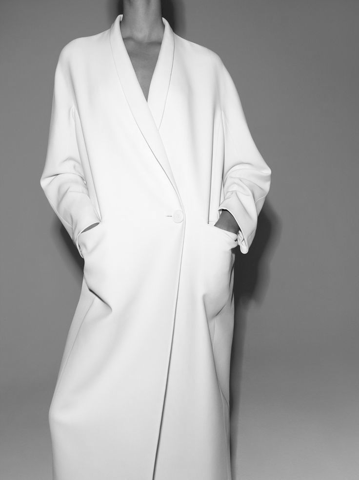 Chic Minimalist Style - oversized white coat // The Gentlewoman editorial FW14-15
