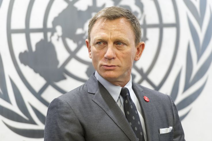 Secretary-General Ban Ki-moon met with actor Daniel Craig and designated him as the UN Global Advocate for the Elimination of Mines and Other Explosive Hazards for the next three years. Announcing the designation, the Secretary-General thanked Mr. Craig – known for playing James Bond – for using his star power to draw attention to the causes of mine destruction and mine awareness.  Mr. Craig during his meeting with the Secretary-General.  14 April 2015 United Nations, New York Photo # 628438