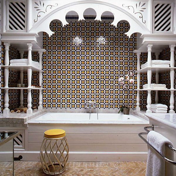 Moroccan Inspired Bathroom With Intricate Woodwork By Alberto Pinto