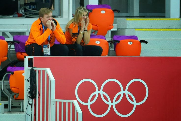 MYROYALS &HOLLYWOOD FASHİON: King Willem-Alexander and Queen Maxima attend women's speed skating in Sochi, February 9, 2014