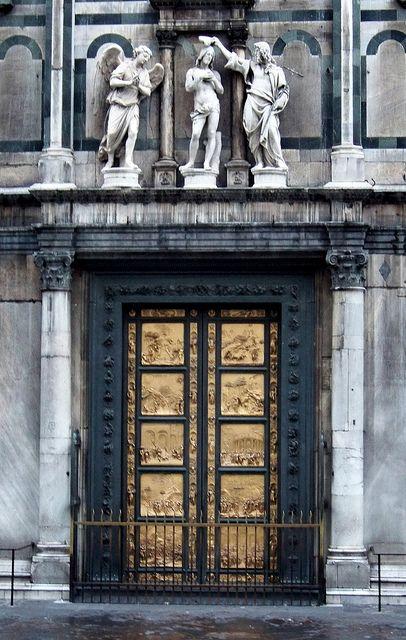 eccellenze-italiane:  IT10ASJ Baptistery Door Perspective, Florence Italy 2010 by CanadaGood on Flickr. La Porta del Paradiso, Lorenzo Ghiberti, Firenze