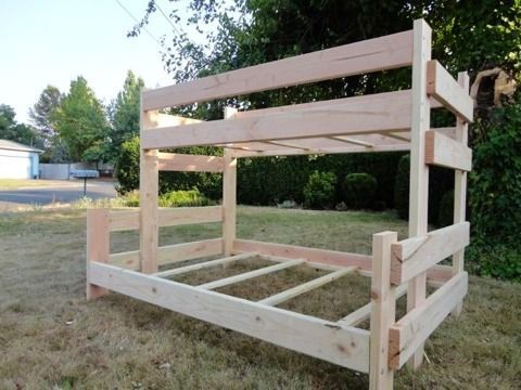DIY bunk bed on http://brvndon.com