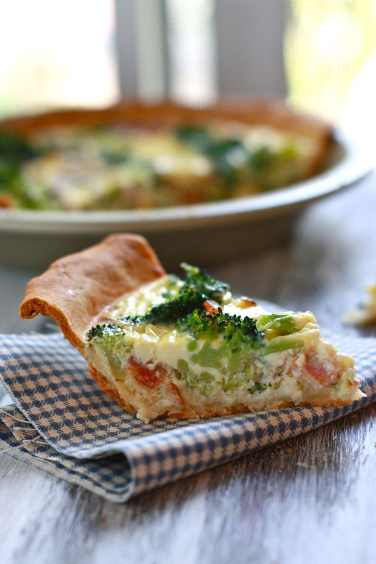 broccoli and cheese quiche | Come for BRUNCH! | Pinterest