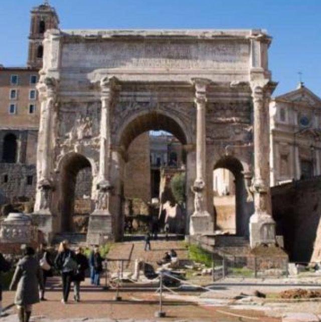 Arco de Septimio Severo en el Foro Romano, Roma.