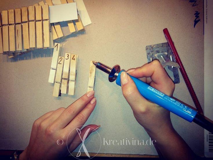 25 einzigartige holz beschriften ideen auf pinterest tischkartenhalter hochzeit rustikale. Black Bedroom Furniture Sets. Home Design Ideas
