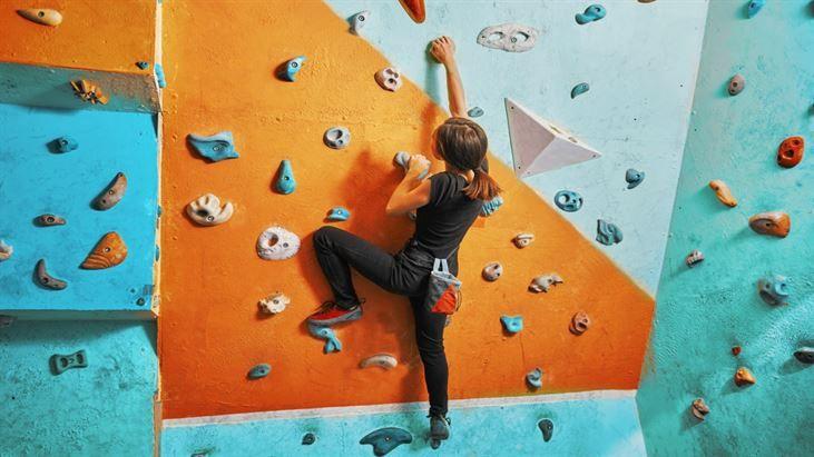 Fiziksel ve mental mücadele için bir etkili bir çözüm: Kısa kaya tırmanışı - http://www.habergaraj.com/fiziksel-ve-mental-mucadele-icin-bir-etkili-bir-cozum-kisa-kaya-tirmanisi-259070.html?utm_source=Pinterest&utm_medium=Fiziksel+ve+mental+m%C3%BCcadele+i%C3%A7in+bir+etkili+bir+%C3%A7%C3%B6z%C3%BCm%3A+K%C4%B1sa+kaya+t%C4%B1rman%C4%B1%C5%9F%C4%B1&utm_campaign=259070