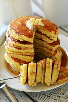 Fluffy Old Fashioned Pancakes - These pancakes are almost as easy as bisquick, and don't require buttermilk but you still get that signature flavor!