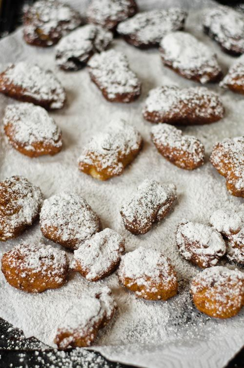 Banana Rum Fritters: Gardner Bananas, Bananas Rum, Rum Fritters, Yummy Food, Food Yummy, Cooking Nom, Bananas Fritters, Cream Sauces, Sweets Tooth